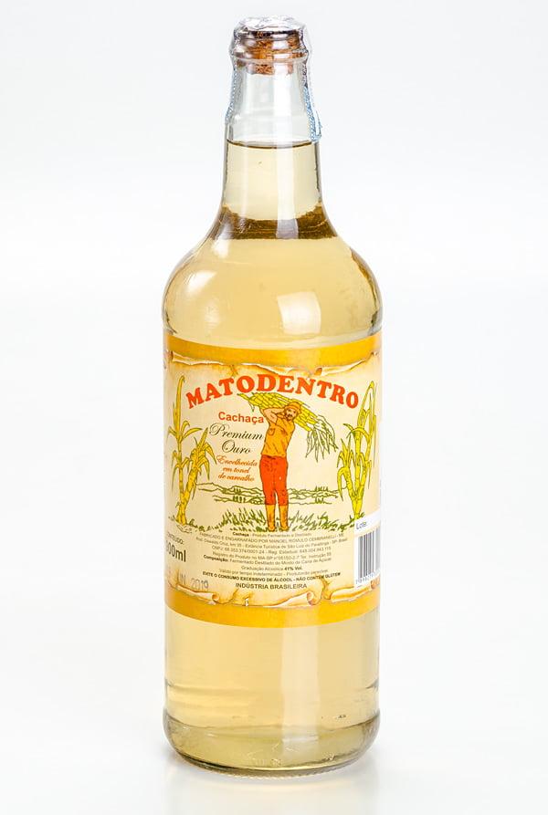 Cachaça Matodentro Premium Ouro Garrafa_900ml